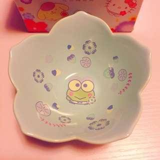 7-11 Keroppi ceramic bowl ~ 7-eleven Sanrio Characters ~ Baby Blue Eyes 花形陶瓷碗