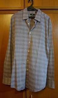 Hugo boss purple shirt (size 41 chest 16 neck)