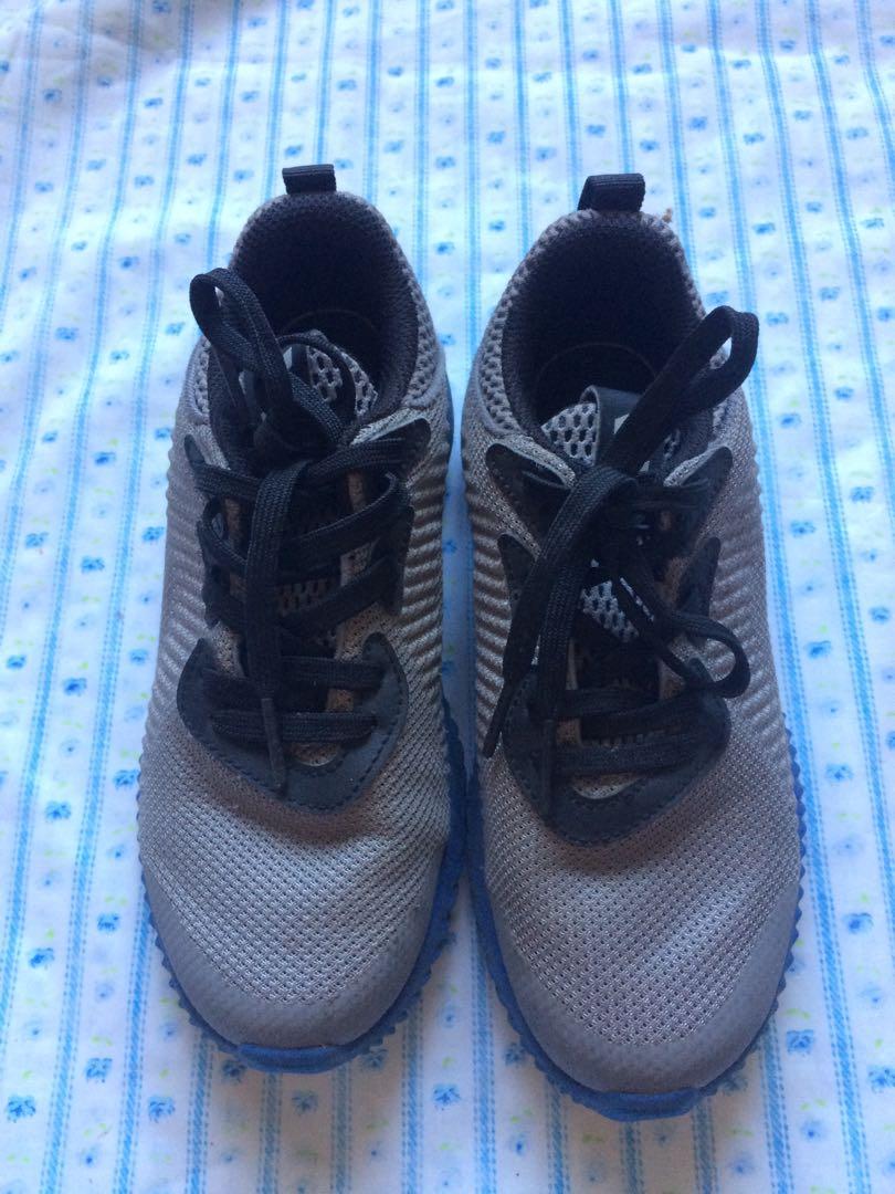 detailed look 8e68e fe57e Adidas Shoes On amp  Carousell Babies Kids Ortholite Others xxwrv8