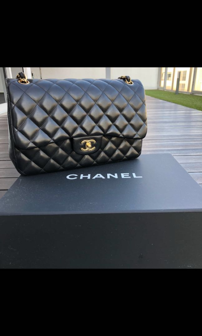 718fb89e25db Chanel Jumbo Lambskin with Gold Hardware, Luxury, Bags & Wallets ...