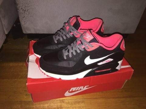 Nike ✔✔✔