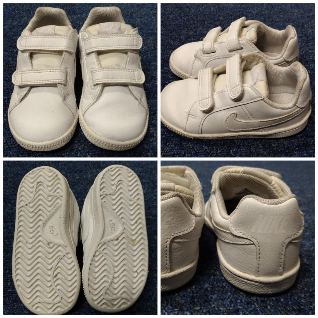 Nike  white trainers (白波鞋)