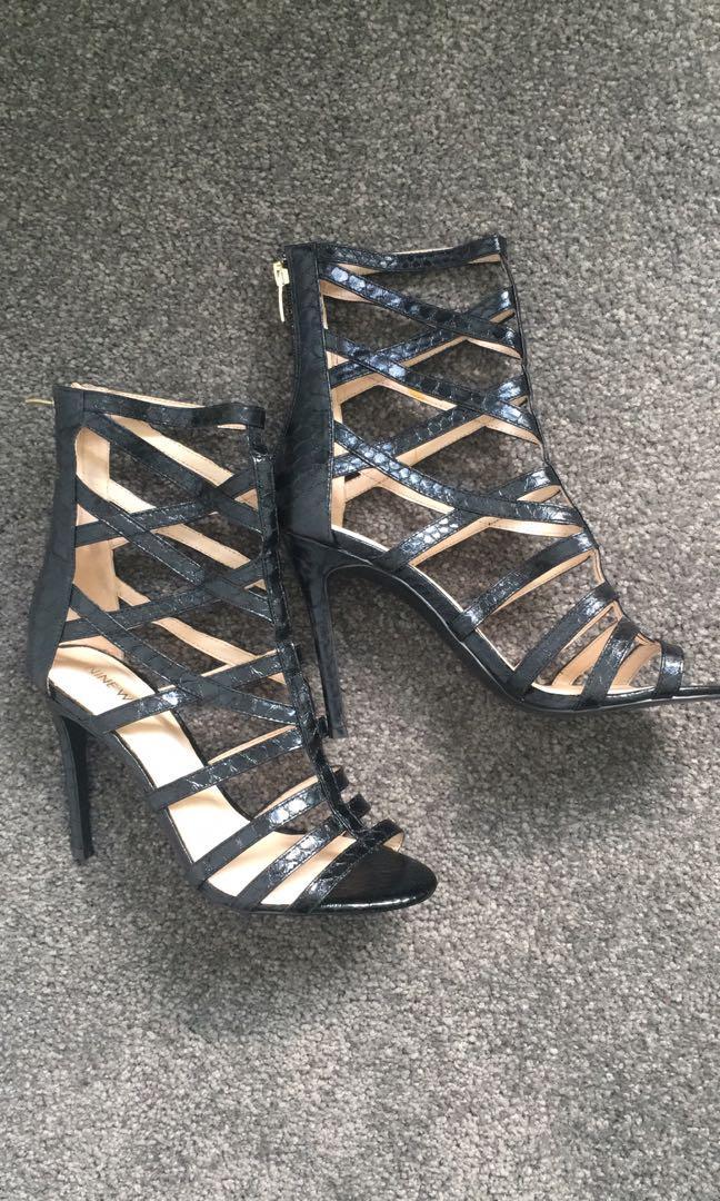 Nine West black Sari textured faux snake skin cutout heels