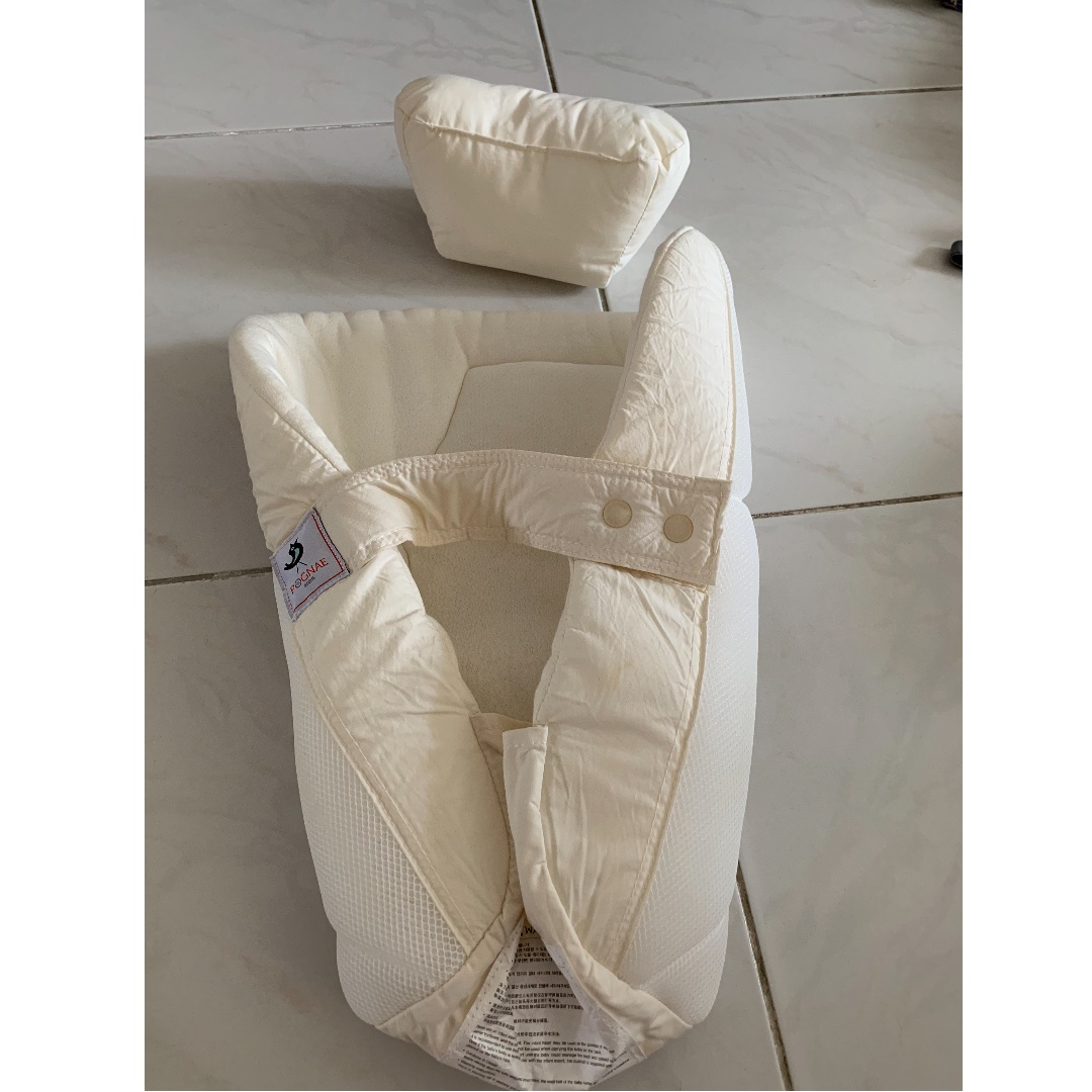 3b98541c080 Pognae Orga Plus - 100% Luxury All In One Organic Carrier (Baby Carrier +  Hipseat + Hipseat Carrier) - Cabbage