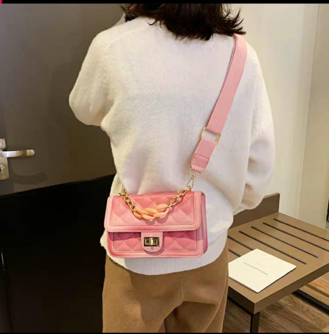 🌼PREORDER🌼 Pink chain sling bag