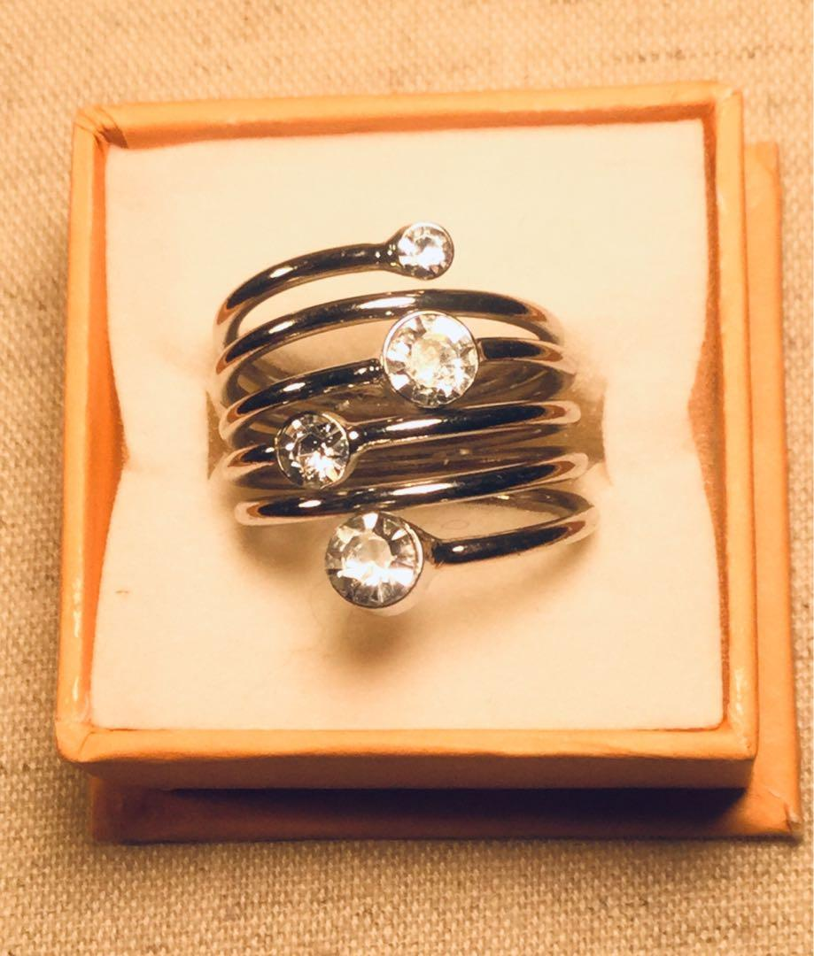 Silver Tone Heart Jewelry Collection