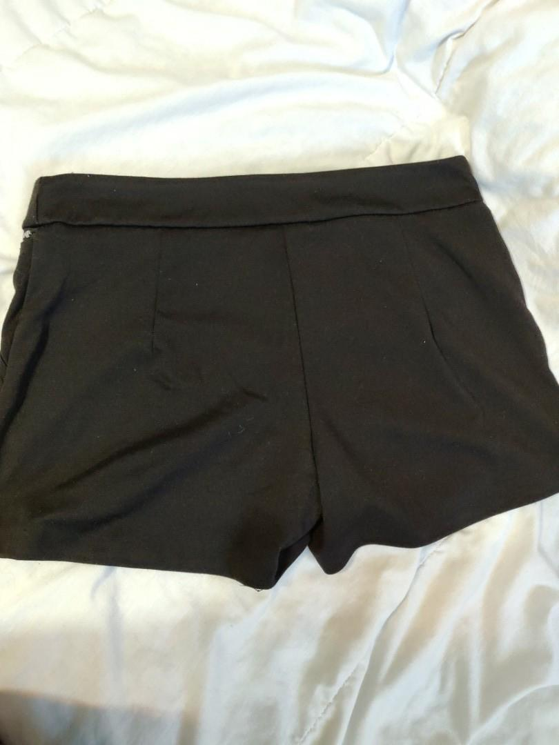 Suzy Shier Black Shorts