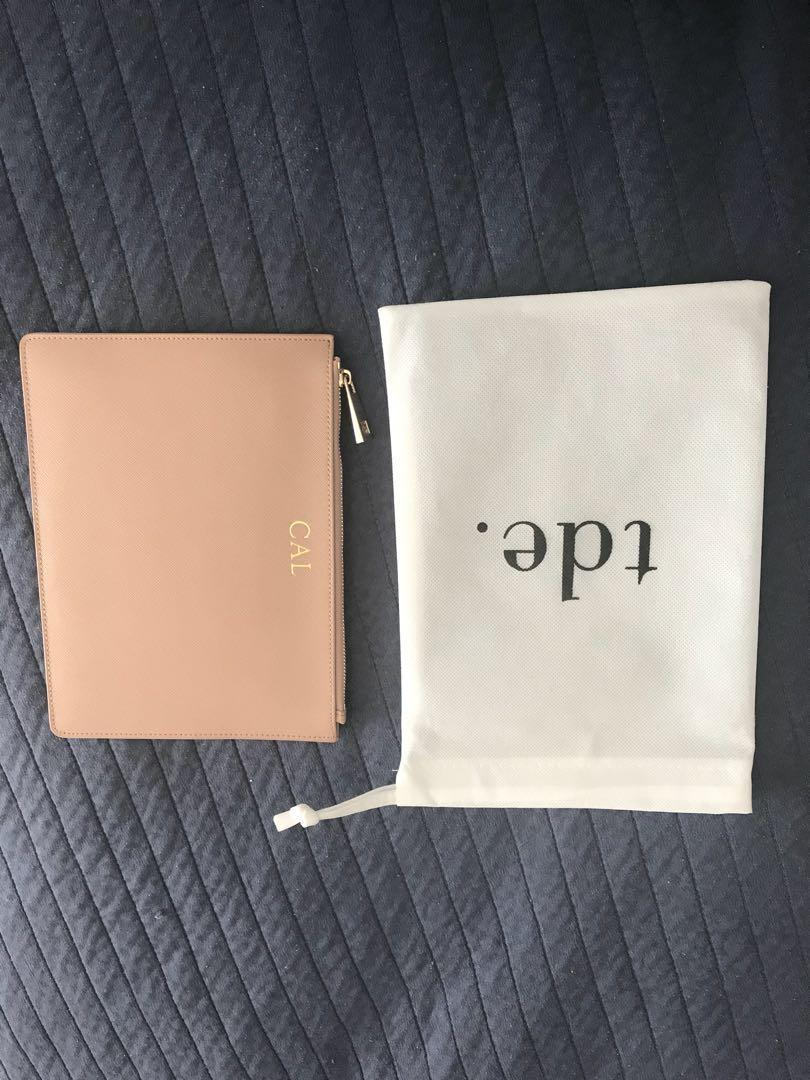 TDE nude pouch