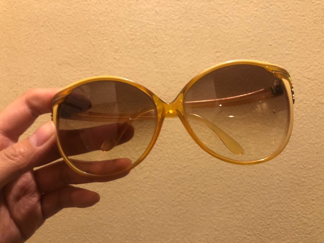 19b6cedf66 Vintage Authentic YSL Oversized Sunglasses Sunnies