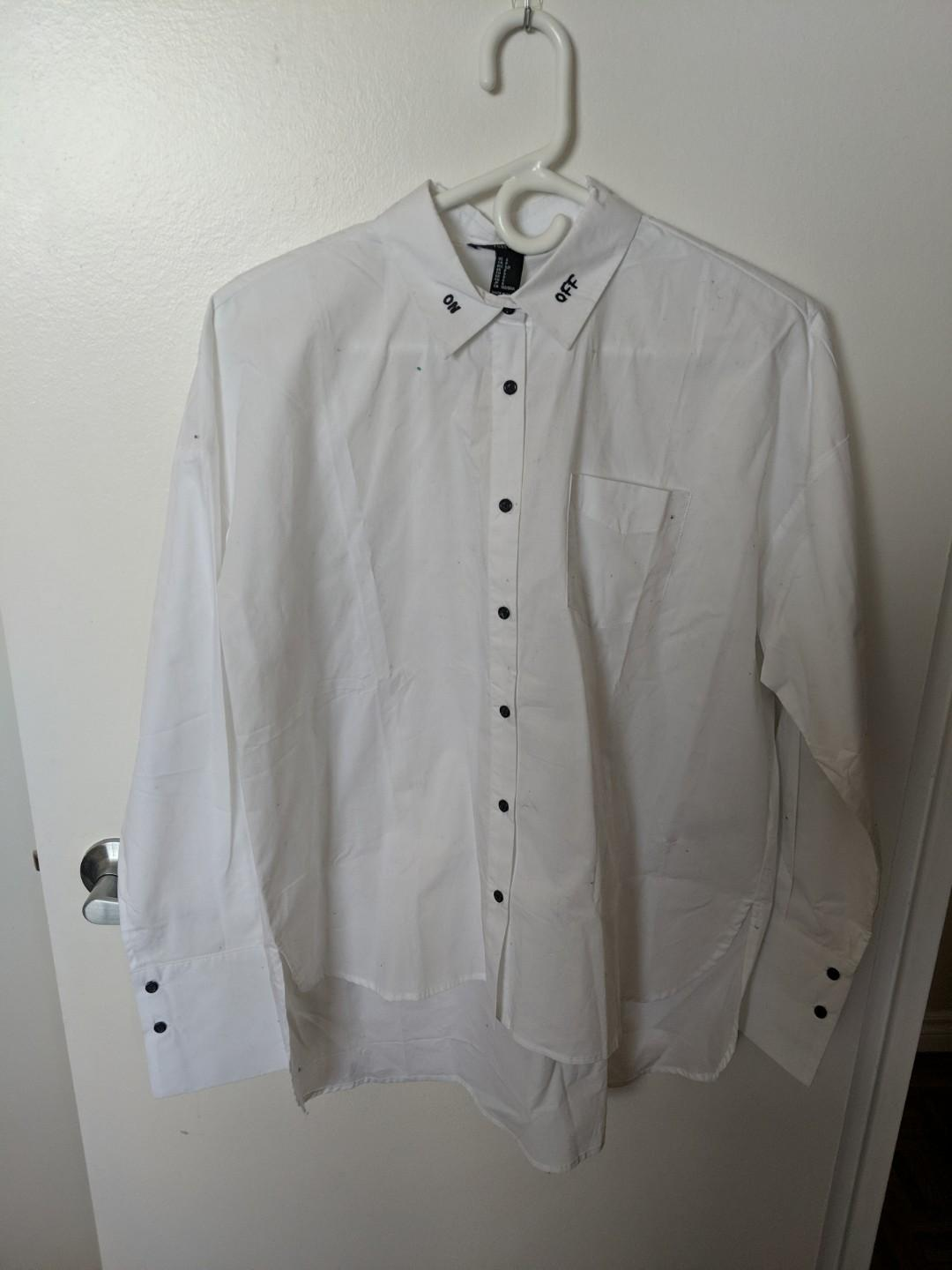 White blouse - size small, oversized *TAG STILL ON*