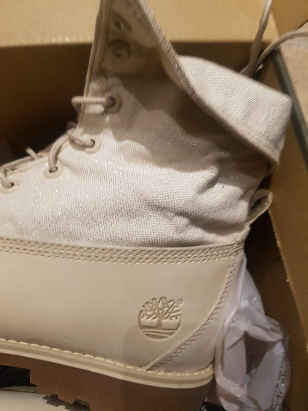 Womens Brand New in Box White Timberland Boots