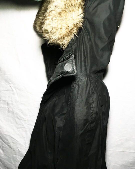 XXS WOMENS BLACK TNA WINTER COAT WITH FUR LINED HOOD