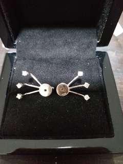 18K白金時款耳環
