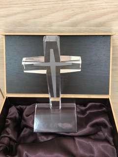 水晶十字架擺設 (連木盒)