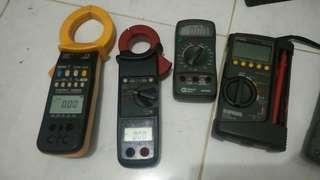 Afometer (multitester) dan Tang Ampere Digital