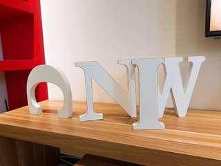 🚚 木頭字母裝飾