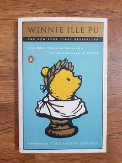 🚚 Winnie Ille Pu (Winnie the Pooh in Latin)