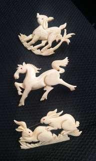 Rare Vintage Collectables Elephants Ivory Bone Brooch Animal's Motif Magic Amulets 50s 60s Malaya Singapore Baba Nyonya Pranakan