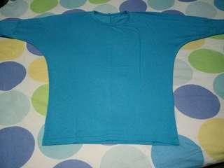 Blus kaos biru muda