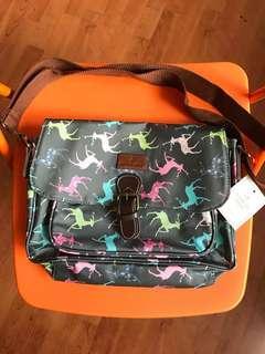 🚚 Ashlyn Anne Messenger Bag