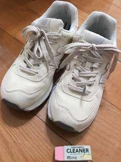 🚚 八成新 New balance 574 米白 24.5 聯名 earth music & ecology 球鞋 日本