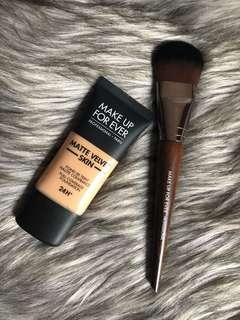 Make Up Forever Matte Velvet foundation
