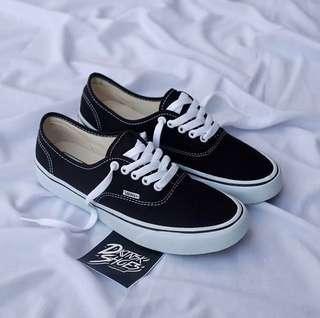 Vans Authentic Classic Black White