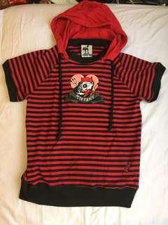🚚 tiffany red black striped hooded top tee