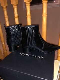 BRAND NEW KENDALL AND KYLIE BOOTS