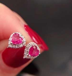 【孤品】 18K鑽石約0.1ct+ 粉藍寶石愛心0.4ct!鑽石藍寶愛心耳釘!