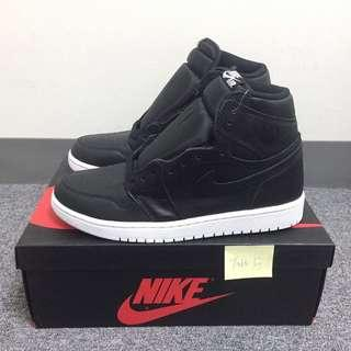 Air Jordan 1 Retro OG Black White US 8.5