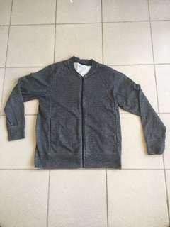 Gu sport 棉質外套 鐵灰