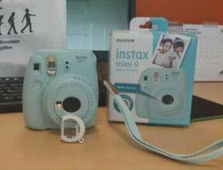 instax 9 biru muda