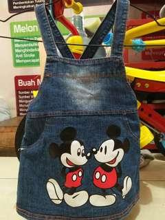 Outer mickey mouse
