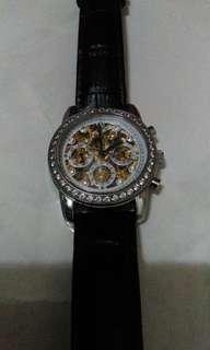 貝瑞爾機械錶