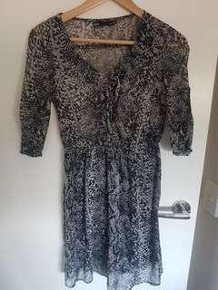 Dotti size 6 dress