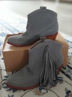 #paydaymaret Magali Pascal Boots