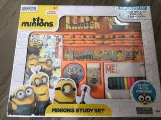 BNIB Minions 8pcs Study Set
