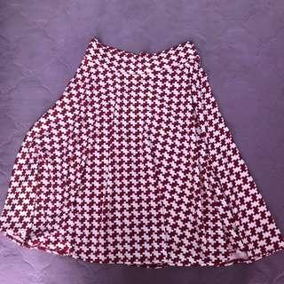 rok merah putih motif