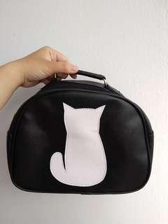 cat oval bag🐱