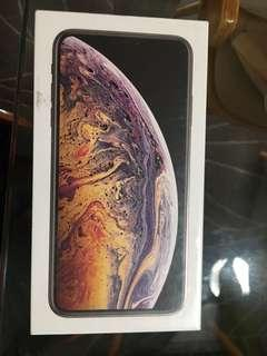BNIB Iphone Xs max 64gb Gold