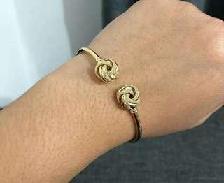 Knot Bangle 18k Saudi Gold