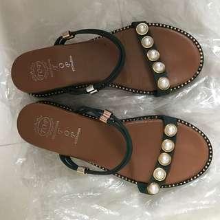 🚚 珍珠涼鞋