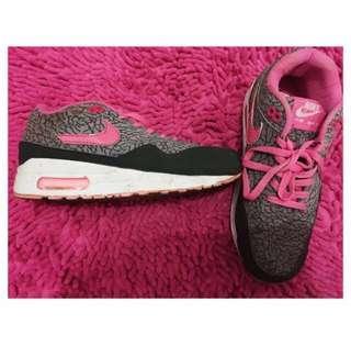Nike Running turun harga !!
