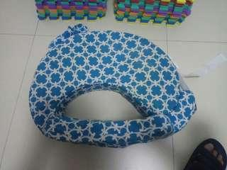 Nursing pillow used only $2