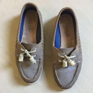 Authentic A/O Quinn Sperry Topsider