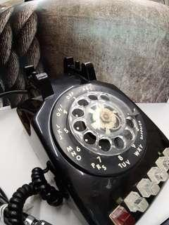 CLASSIC ROTARY DIAL PHONES
