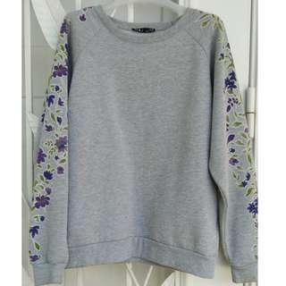 Floral printed sleeve sweater