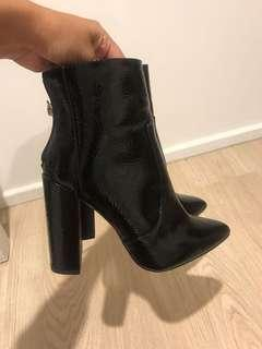 NEW PATENT BLACK BOOTS HEELED