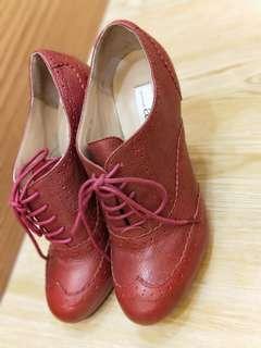 🚚 紅色真皮高跟鞋~